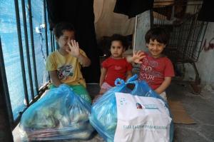 Kardeş Eli Ramazan Çalışmalarına Devam Ediyor
